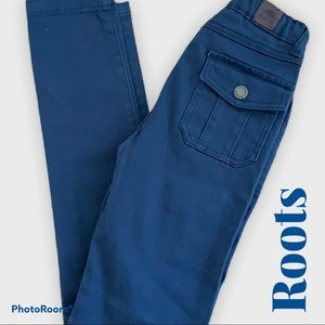 Roots 🇨🇦 Soft Khaki Blue Skinny Pants Size 8